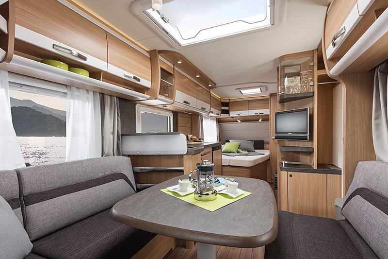 knaus wohnmobile und wohnwagen g nstig kaufen im raum freiburg. Black Bedroom Furniture Sets. Home Design Ideas